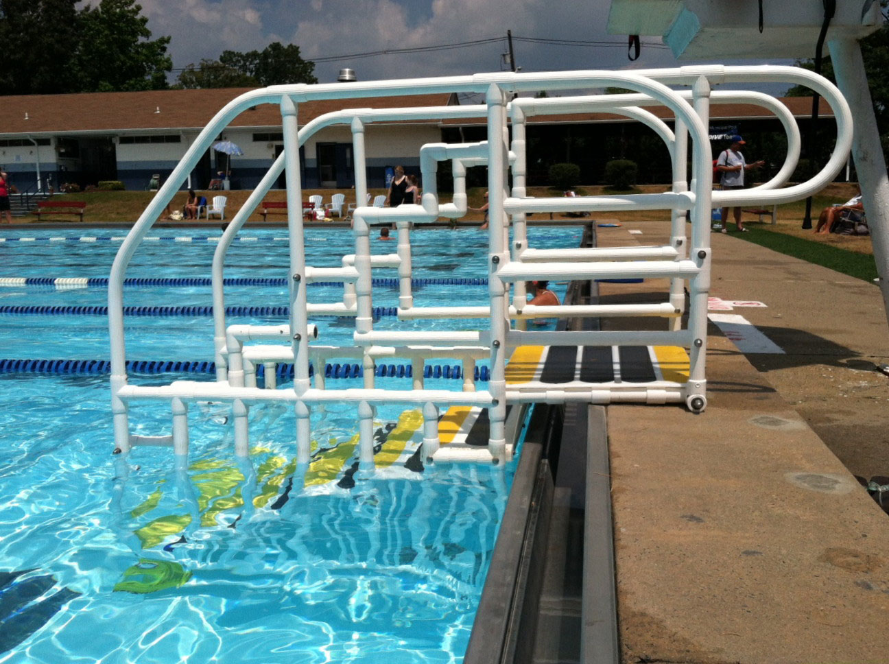 Vip solutions llc aquatrek swimming pool access products for Pool ladder